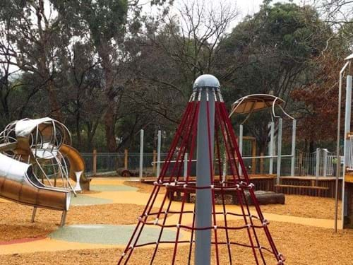 rubber surfacing| playground surfacing| victoria